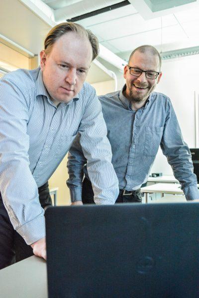 Tom Tuunainen and Joni Jämsä in SecuLab (Kuvaaja Martina Store)